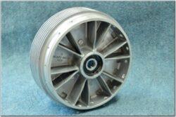 wheel hub - set with seal (Jawa) orig.