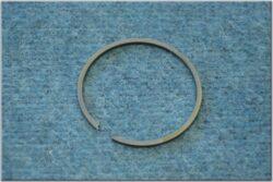 pístní kroužek 2,5 mm ( Jawa, ČZ 250 )