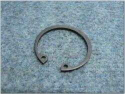 Circlip, Fr. wheel hub ( Pérák )