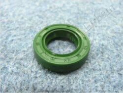 Oil seal 19x32x7 w/ dust guard