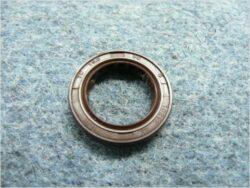 Oil seal 19,8x30x5 w/ dust guard