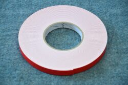 double-sided adhesive tape 15x2 10m (UNI)