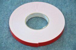 double-sided adhesive tape 19x2,0 10m (UNI)